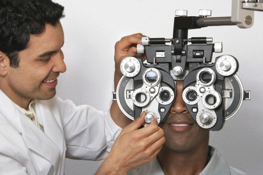 Man getting contact eye exam in Austin